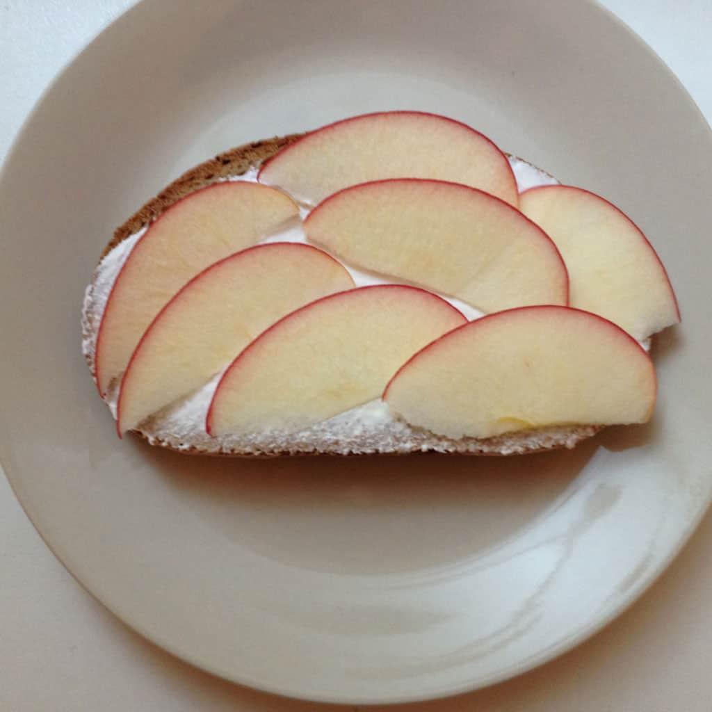 Obst als Brotbelag