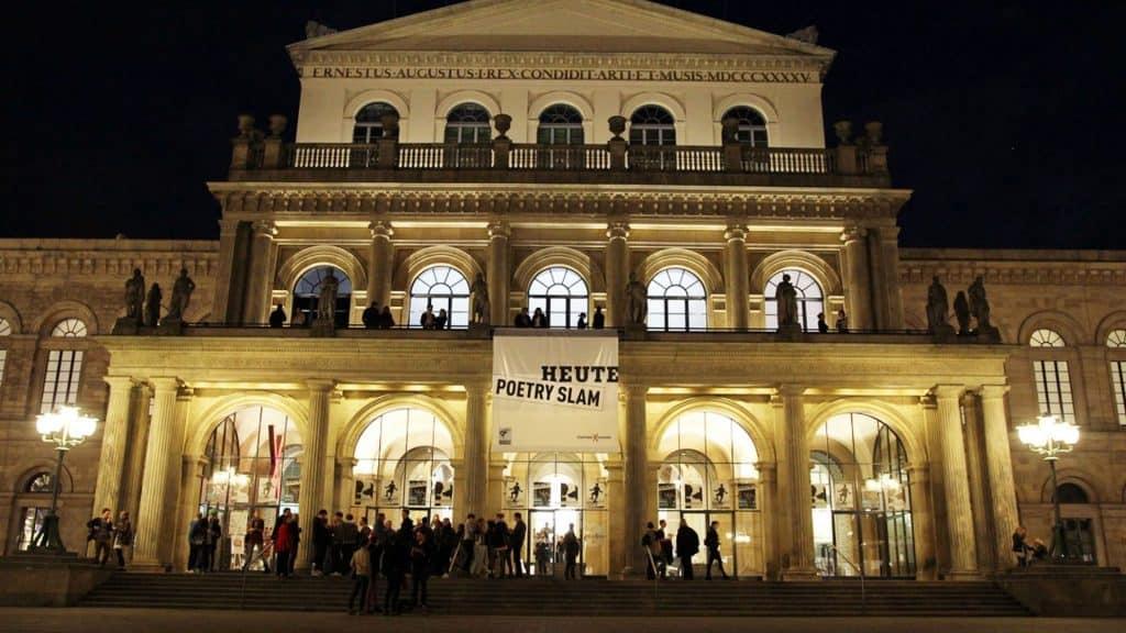 Poetry-Slam-Plakat am Theater