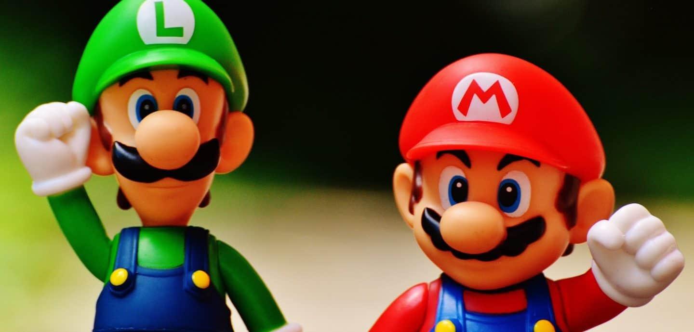 """2 Figuren von """"Super Mario Bros."""""""