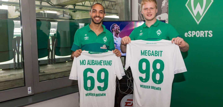 Zwei Spieler der Virtual Bundesliga