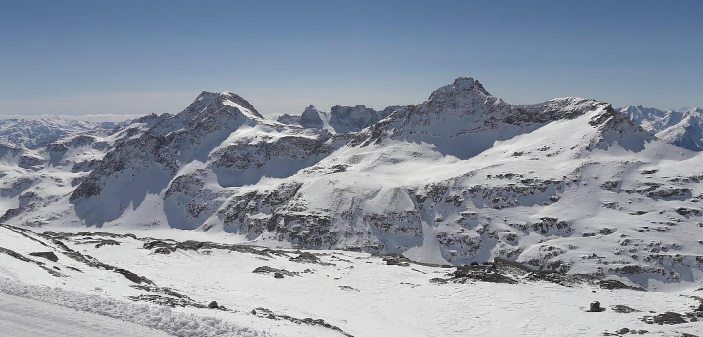 Schneebedeckte Berge in Kaernten (c) Kai Kellmann