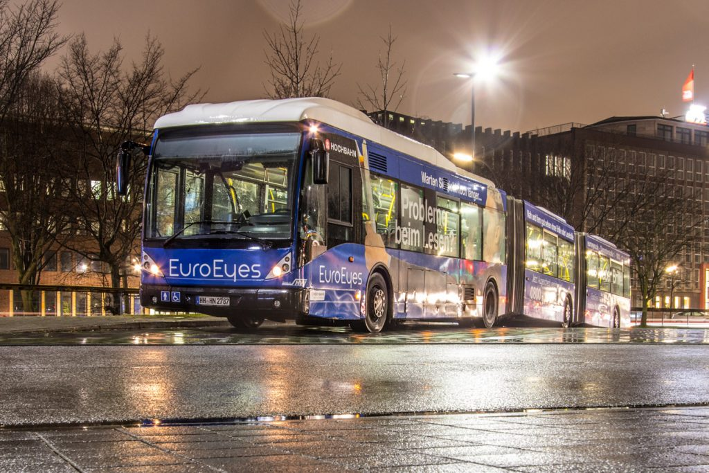 Bus in der Nacht (c) Lukas Thiele