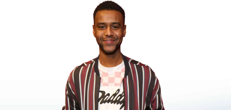 Tarik Tesfu kämpft gegen Rassis- mus, Sexismus, Trans-, Inter-, Homofeindlichkeit und Islamfeind- lichkeit. Dafür erhält er extrem aggressive Kommentare.