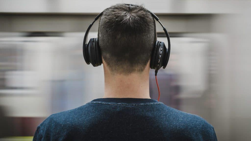 Wir hören Podcasts an allen Orten.