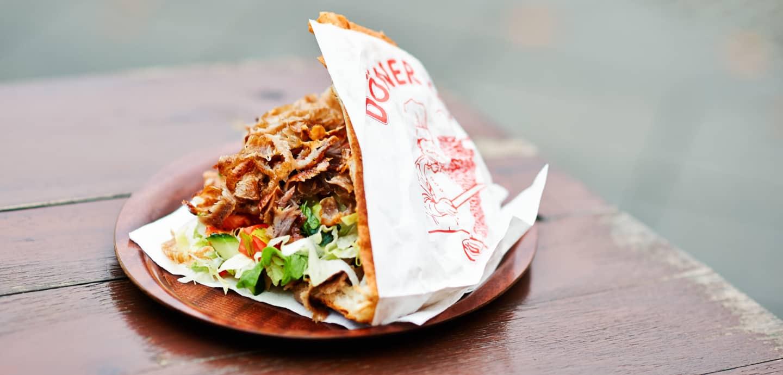 Der Döner Kebab ist eines der beliebtesten Fast Food-Gerichte in Deutschland.