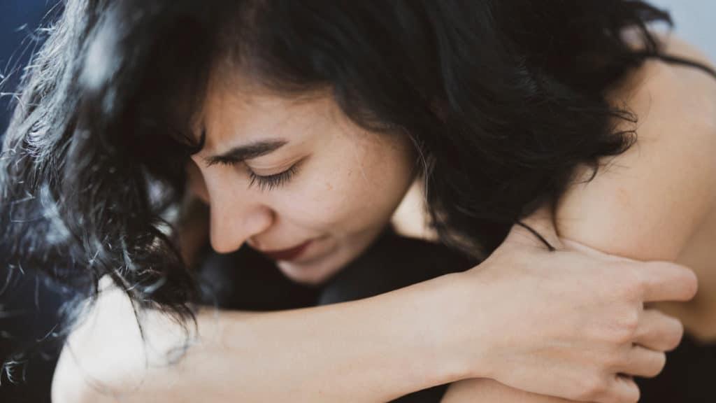 Während des Corona-Lockdowns nahm die Anzahl an schweren depressiven Symptomen bei den 18- bis 25-Jährigen zu.